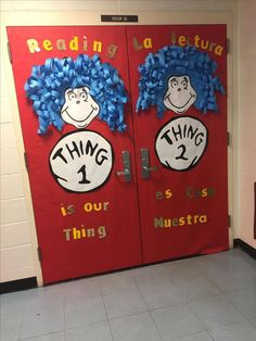 Thing one and thing two from Cat In The hat by Dr. Best Picture For Dr Seuss Week Dr. Seuss, Dr Seuss Week, Dr Seuss Bulletin Board, Kids Bulletin Boards, Dr Suess Door Decorations, School Decorations, Classroom Themes, Classroom Door, Future Classroom