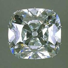 The Regent Diamond gained its fame when Napoleon chose to decorate his battle sword with it: the stunning, mammoth diamond is 140.64 carats in size, with a very slight, blue cast. The diamond was said to be discovered at the Golonda mine in India, and spirited out secretly by a slave, who hid it within a cut on his leg. In 1792, all the Crown Jewels of France were stolen, and the Regent Diamond was among the missing gems.
