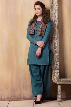 Pretty 2 piece purple pret wear dress by Unstitched By Kayseria Evening wear Collection 2018 Pakistani Fashion Casual, Simple Pakistani Dresses, Pakistani Dress Design, Stylish Dresses For Girls, Stylish Dress Designs, Casual Summer Dresses, Kurta Designs Women, Blouse Designs, Frock Fashion