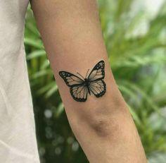 tattoo above elbow & tattoo above elbow + tattoo above elbow crease + tattoo above elbow back of arm + tattoo above elbow small + tattoo above elbow words + tattoo above elbow women Monarch Butterfly Tattoo, Simple Butterfly Tattoo, Butterfly Tattoo Meaning, Butterfly Tattoos For Women, Butterfly Tattoo Designs, Tattoos For Women Small, Small Tattoos, Butterfly Design, Realistic Butterfly Tattoo