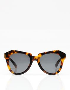 Number One Crazy Tort sunglasses by Karen Walker #wantsobad