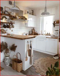 Home Decor Kitchen, Home Kitchens, Farmhouse Kitchen Interior, Farmhouse Clocks, Country Kitchen, Diy Kitchen, Modern Farmhouse, Kitchen Ideas, Wood Countertops