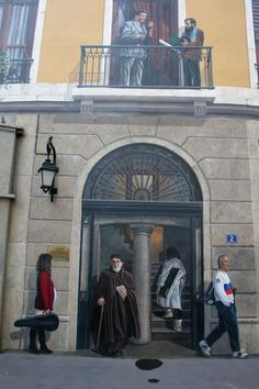 Picture of Entrance, or not?, of trompe l'oeil building