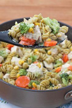 Cheesy Chicken Veggie Pasta Skillet #cheese #chicken #pasta