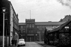 Unseen images of Tunstall: Bert Bentley Collection - 1964 Lambert Street. Grind legs Pottery.
