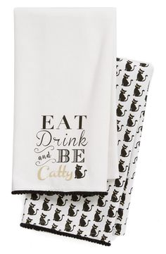 Get into the Halloween spirit with this perfectly punny dish towel trimmed in pompoms—paired with a coordinating patterned dish towel—that will add a hint of festive fun to the décor.