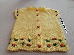 KIVRIMLI KENARLI ROKOKO ÇİÇEKLİ BEBEK YELEK VİDEOLU | Nazarca.com Baby Vest, Baby Cardigan, Crochet For Kids, Crochet Baby, Charlotte Tilbury, Moda Emo, Baby Sweaters, Crochet Fashion, Baby Knitting Patterns