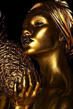 Pin av morgan rodgers på people i 2019 gold art, gold aesthe African American Art, African Art, Gold Everything, Or Noir, Gold Bodies, Gold Aesthetic, Shades Of Gold, Black Women Art, Gold Art