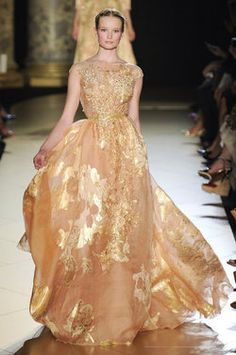 Elie Sabb Fall /2012 Couture (source: Getty)