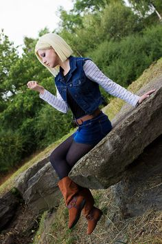 Dragonball Z- Android 18 - COSPLAY IS BAEEE! Tap the pin now to grab yourself some BAE Cosplay leggings and shirts! From super hero fitness leggings, super hero fitness shirts, and so much more that wil make you say YASSS! Epic Cosplay, Amazing Cosplay, Cosplay Girls, Anime Cosplay, Female Cosplay, Bulma Cosplay, Anime Sexy, Dbz, Android 18 Cosplay