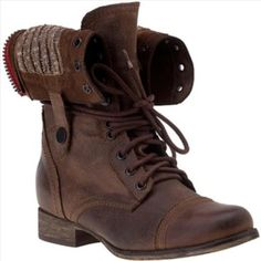 Steve Madden Cablee Brown Boot Brown leather lace up boot. Wear up or snap down. Worn a few times. In excellent condition. Steve Madden Shoes Combat & Moto Boots