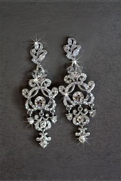 Bridal Accessories, Jewelry Accessories, Jewelry Design, Accessories Display, Jewelry Ideas, Bridesmaid Jewelry, Wedding Jewelry, Crystal Earrings, Drop Earrings