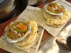 A dona of spicy #chhole topped with chopped onions accompanied with two #kulchas warmed over the tawa is one of the best meals one can rely on to fill oneself up. The occasional mirch ka salan on the side makes it even better. Reach the local market in North India and spot the big copper matka. #Street #Food #India #ekPlate #ekplatechholekulche