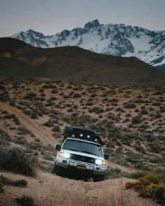 Another successful weekend with the Monty. Exploring more of turf and loving every single new view and piece of dirt we find. This is definitely the first of many eastern Sierras trips that will happen this season! Mitsubishi Shogun, Mitsubishi Pajero, Roof Top Tent, New View, California Travel, Tent Camping, Subaru, Offroad, Paths