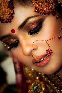 desi bridal indian bride groom wedding photography dulha dulhan www.amouraffairs.in Indian beautiful bride makeup inspires me for autum wedding makeup!