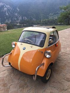 Bmw Isetta, Beetle Car, Volkswagen Beetles, Small Cars, Cars And Motorcycles, Campers, Dream Cars, Automobile, Industrial