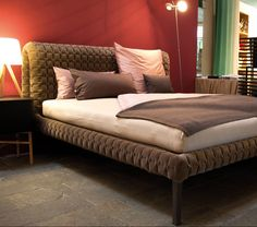 bett roche ligne roset bedroom inspirations. Black Bedroom Furniture Sets. Home Design Ideas
