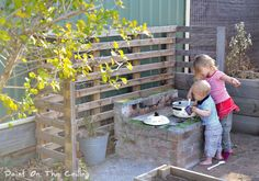 outdoor play kitchen for kids | use for the pallet