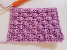 Learn to crochet the Alternate Puff Stitch with this step-by-step photo tutorial. It creates a beautifully textured solid fabric. Perfect for many projects. Vintage Crochet Patterns, Crochet Stitches Patterns, Stitch Patterns, Knitting Patterns, Puff Stitch Crochet, Free Crochet, Crochet Beanie, Crochet Box, Crochet Hats