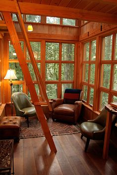 The Trillium - Tree house Interior Lower by TreeHouse Point Adult Tree House, Tiny House, Tree House Interior, Interior Windows, Home Design, Interior Design, Interior Ideas, Cool Tree Houses, Tiny Spaces