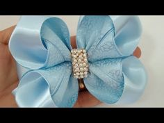 Best 11 How to make a wonderful bowknot with a simple folk? Making Hair Bows, Diy Hair Bows, Diy Bow, Bow Hair Clips, Baby Girl Hair Accessories, Bow Accessories, Hair Ribbons, Ribbon Bows, Ribbon Flower