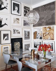 Cool wall art. Wall galleries add a nice personal touch to any home. My personal fav.