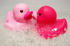 Rubber Duckies in love? Who wouldn't be in a comfortable Rheem bubble bath?