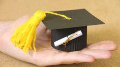 Caja Birrete: regalo y manualidad de graduación
