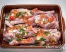 Deliciosa pierna de cabrito al horno, una receta sencilla de preparar y sabrosa. Como guarnición, unas patatas o una sofisticada espuma