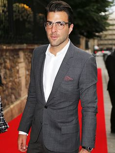 Star Tracks: Wednesday, July 9, 2014   MAN ABOUT TOWN   Hello, handsome! Zachary Quinto strikes a pose at Tuesday's Bulgari Paris Fashion Week party.