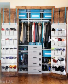 GREAT USE OF SPACE! These 7 tips will help you create an organized coat closet that works for the whole family by maximizing every inch of space!