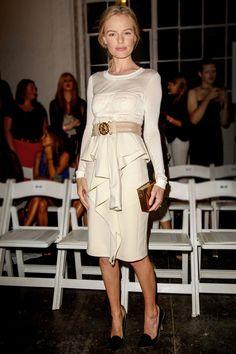 Kate Bosworth au premier rang du défilé Altuzarra http://www.vogue.fr/mode/look-du-jour/articles/kate-bosworth-au-premier-rang-du-defile-altuzarra/15743