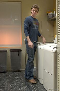 Chris Pine can do my laundry anytime. (Yes I realize that all of u r amazed at the rhyme. Yes I just rhymed again)