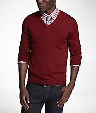 Show your Friends University Pride with this classy scarlet V-neck sweater.