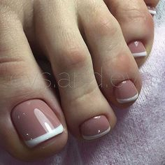 17 Ideas french pedicure designs toenails pretty toes for 2019 French Toe Nails, French Manicure Toes, Shellac Pedicure, French Pedicure Designs, Toe Nail Designs, French Toes, Pedicure 2017, Pedicures, Toe Nail Art