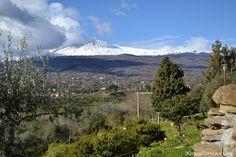 A snowy Etna volcano view.  #etna #sicilia #sicily #sicile