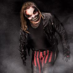 "Bray Wyatt becomes ""The Fiend"": photos Wwe Bray Wyatt, Wwe Lucha, The Wyatt Family, Raw Wwe, Top Tv Shows, Wwe Pictures, Wrestling Stars, Wwe Wallpapers, Wwe Champions"