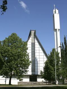Valkeakosken kirkko Grave Monuments, Graveyards, Modernism, Cathedrals, Willis Tower, Finland, Buildings, Architecture, Space