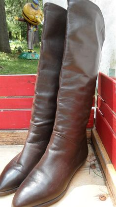 Brown Leather Pirate Boots made in Italy by  Bandolino. $50.00, via Etsy.