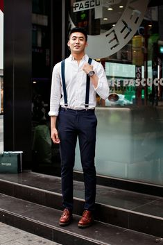 On the street in South Korea. Simple sartorial style.