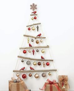 Christmas tree wall decoration