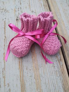Cashmere-merino Baby Booties: BennyBoos on etsy