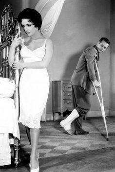 """""""Tú no sabes lo que significa el amor. Para ti, es solo otra palabra de cuatro letras"""".   (Elizabeth Taylor como la 'gata' Maggie luchando por su derecho al amor y a la felicidad frente a un Paul Newman, Brick, arrastrando su impotencia en pijama y muletas. La gata sobre el tejado de zinc, Richard Brooks, 1958)"""