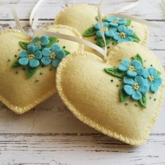 Valentine decorations - Wool Felt Heart ornament, Forget me not flower Valentine decor, Pale Yellow heart ornament with blue flowers – Valentine decorations Yellow Ornaments, Flower Ornaments, Felt Christmas Ornaments, Heart Ornament, Felt Decorations, Valentine Decorations, Felt Flowers, Fabric Flowers, Felt Crafts Diy