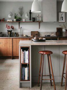 Plaza Interiör: - Tillbaka till naturen Kitchen Furniture, Kitchen Interior, New Kitchen, Kitchen Dining, Kitchen Decor, Decoration Inspiration, Minimalist Kitchen, Minimal Kitchen Design, Cuisines Design