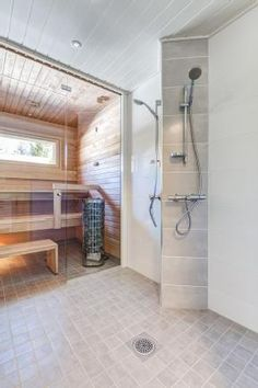 Sauna Design, Sauna Room, Spa Rooms, Saunas, Wooden House, Washroom, Bathroom Inspiration, Home And Living, Bathtub