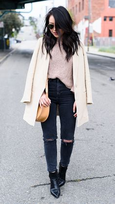 spring outfit, fall outfit, casual outfit, street style, comfy outfit, boho outfit - ivory blazer, blush sweater, black wash skinny jeans, black booties, nude shoulder bag, aviator sunglasses