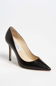 Unas zapatos picudos negros y altos. Jimmy Choo 'Abel' Pump (Exclusive Color) available at #Nordstrom