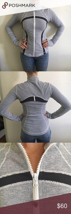Lululemon size 6 Grey/white workout zip up LuLu lemon size 6 Grey/white workout zip up lululemon athletica Jackets & Coats Utility Jackets