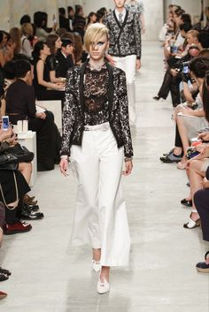 Chanel Resort 2014 Fashion Show - Juliana Schurig